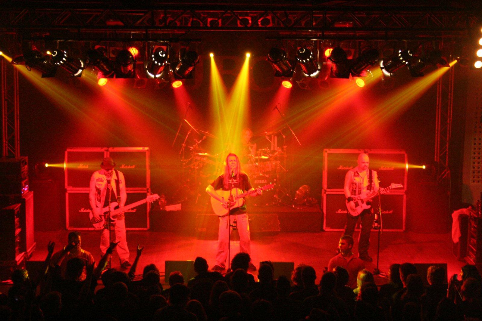 J.B.O. - Lennestadt Sauerlandhalle, 15.05.2010 - Foto von Carsten Dobschat - 053