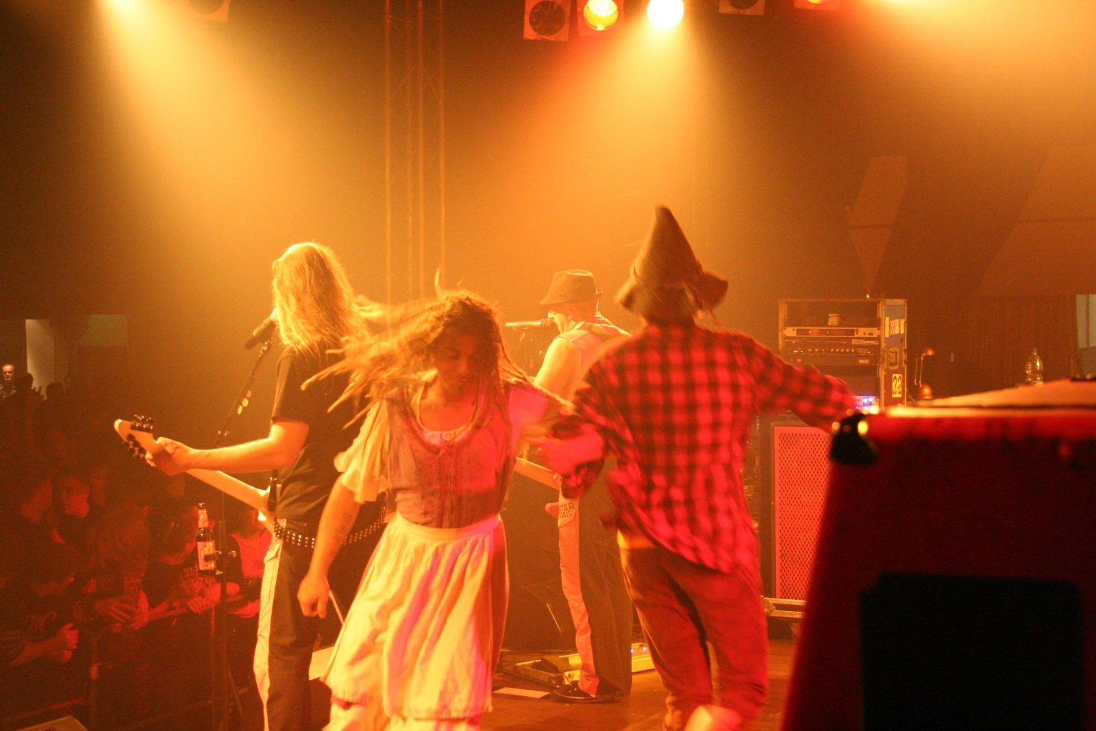 J.B.O. - Lennestadt Sauerlandhalle, 15.05.2010 - Foto von Carsten Dobschat - 064