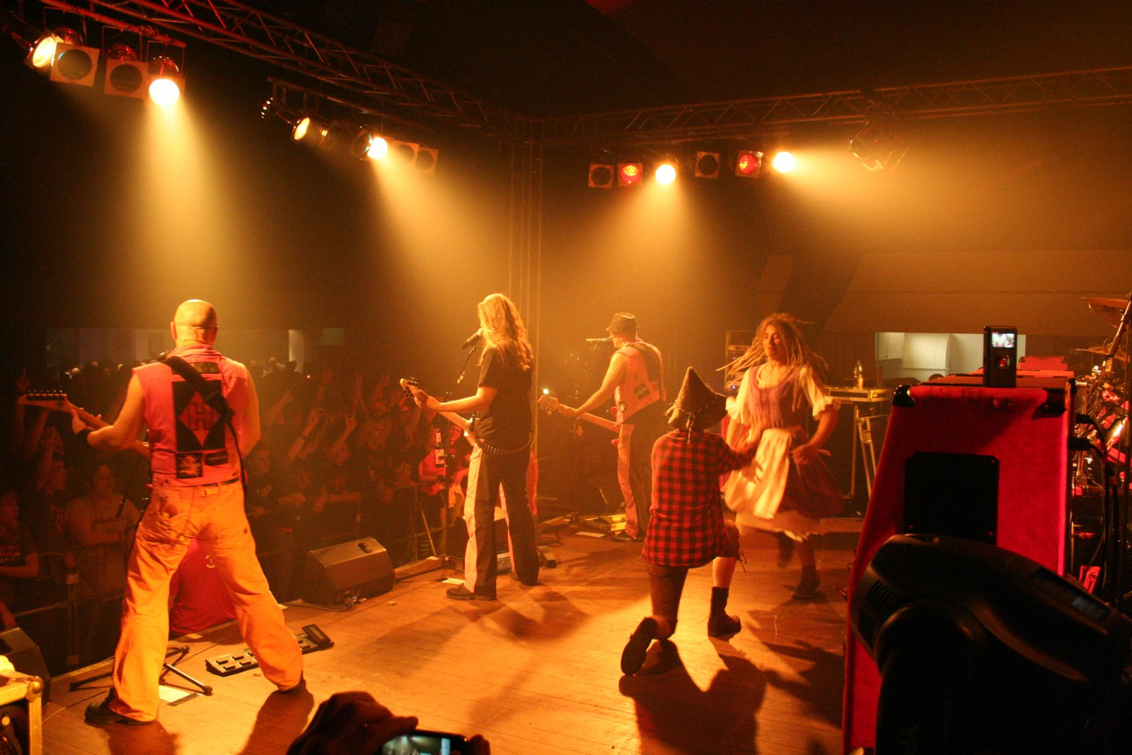 J.B.O. - Lennestadt Sauerlandhalle, 15.05.2010 - Foto von Carsten Dobschat - 070