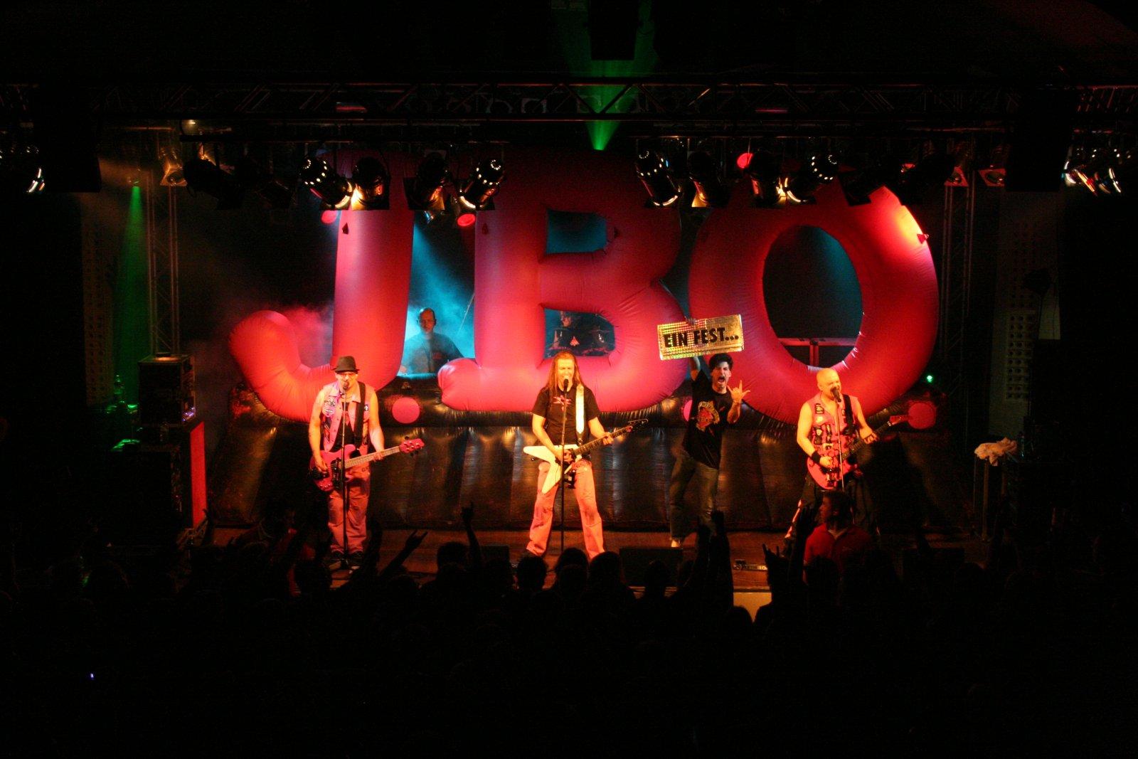 J.B.O. - Lennestadt Sauerlandhalle, 15.05.2010 - Foto von Carsten Dobschat - 078