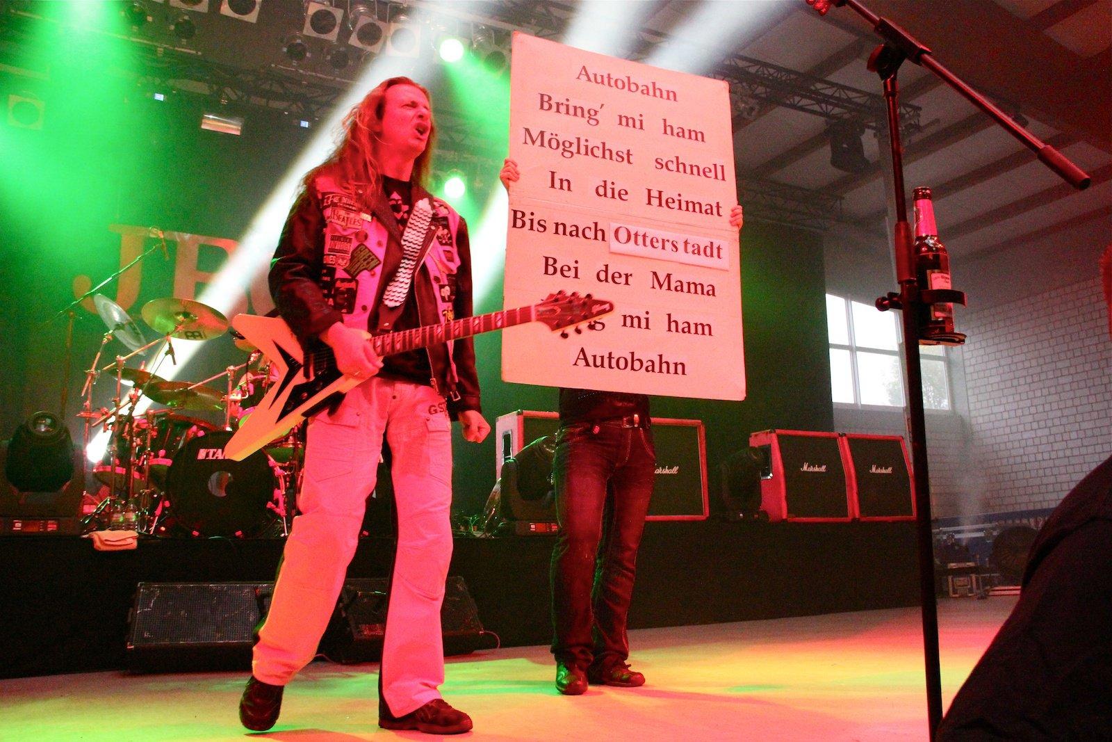 J.B.O. - Sommerfesthalle Otterstadt 18.06.2011 - 70