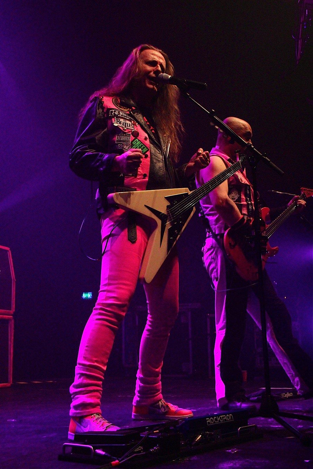 J.B.O. @ Rockhal Esch-sur-Alzette, 19.11.2011 - Foto von Andrea Jaeckel-Dobschat - 040