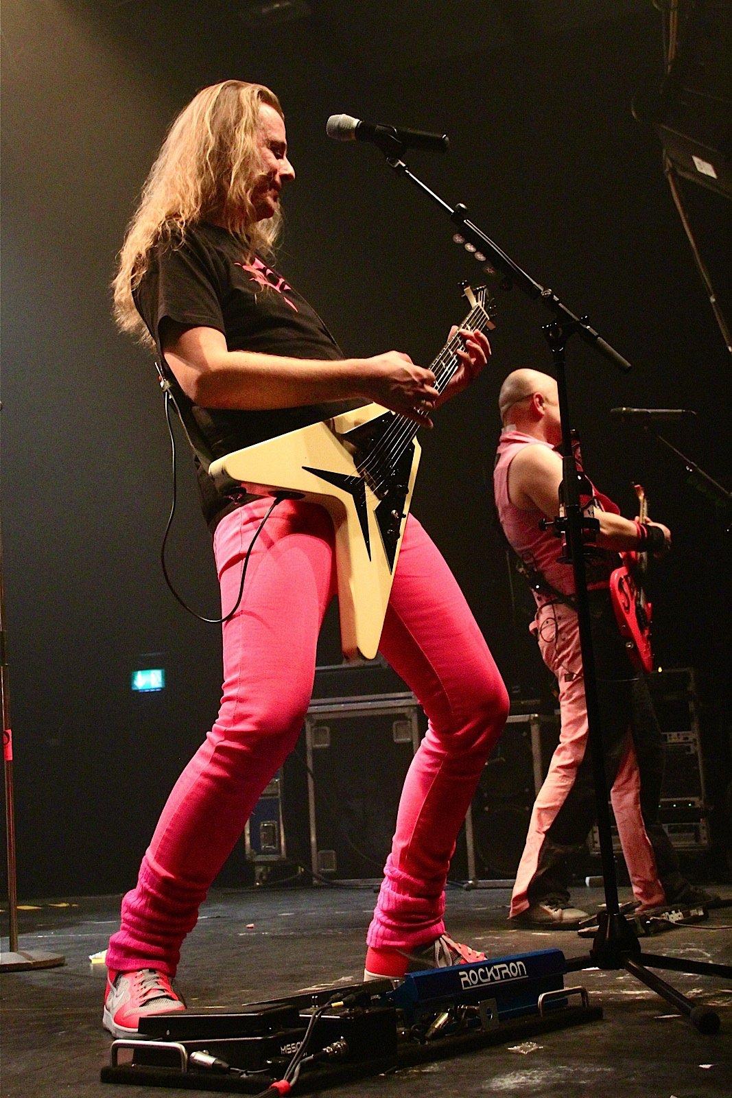 J.B.O. @ Rockhal Esch-sur-Alzette, 19.11.2011 - Foto von Andrea Jaeckel-Dobschat - 110