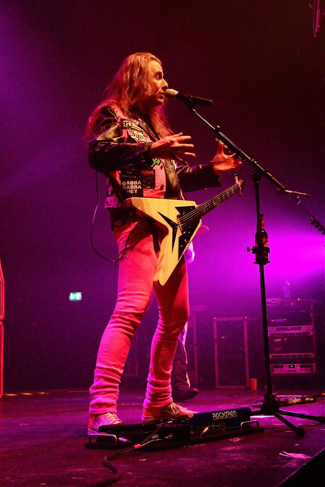 J.B.O. @ Rockhal Esch-sur-Alzette, 19.11.2011 - Foto von Andrea Jaeckel-Dobschat - 047