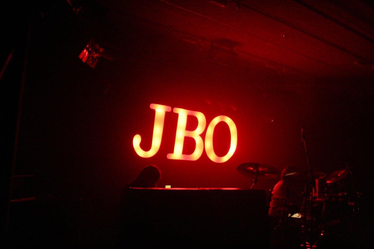 J.B.O. @ Komma Wörgl AT, 24.11.2011 - Foto von Carsten Dobschat - 004