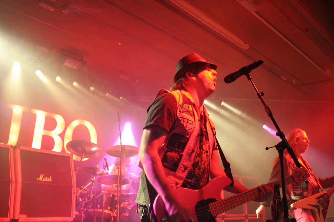J.B.O. @ Komma Wörgl AT, 24.11.2011 - Foto von Carsten Dobschat - 005