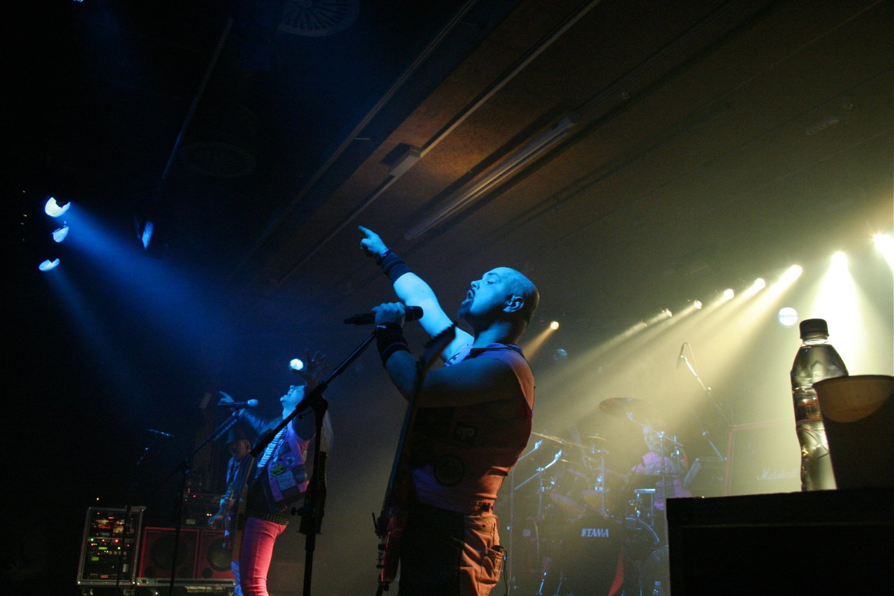 J.B.O. @ Komma Wörgl AT, 24.11.2011 - Foto von Carsten Dobschat - 023