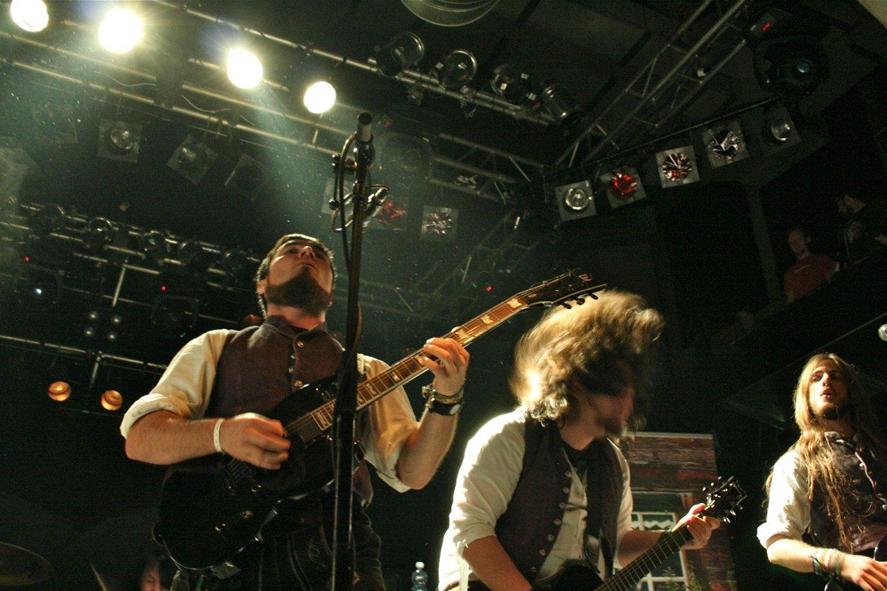 008 - tuXedo @ Rockhouse Salzburg, 25.11.2011 - Foto von Carsten Dobschat