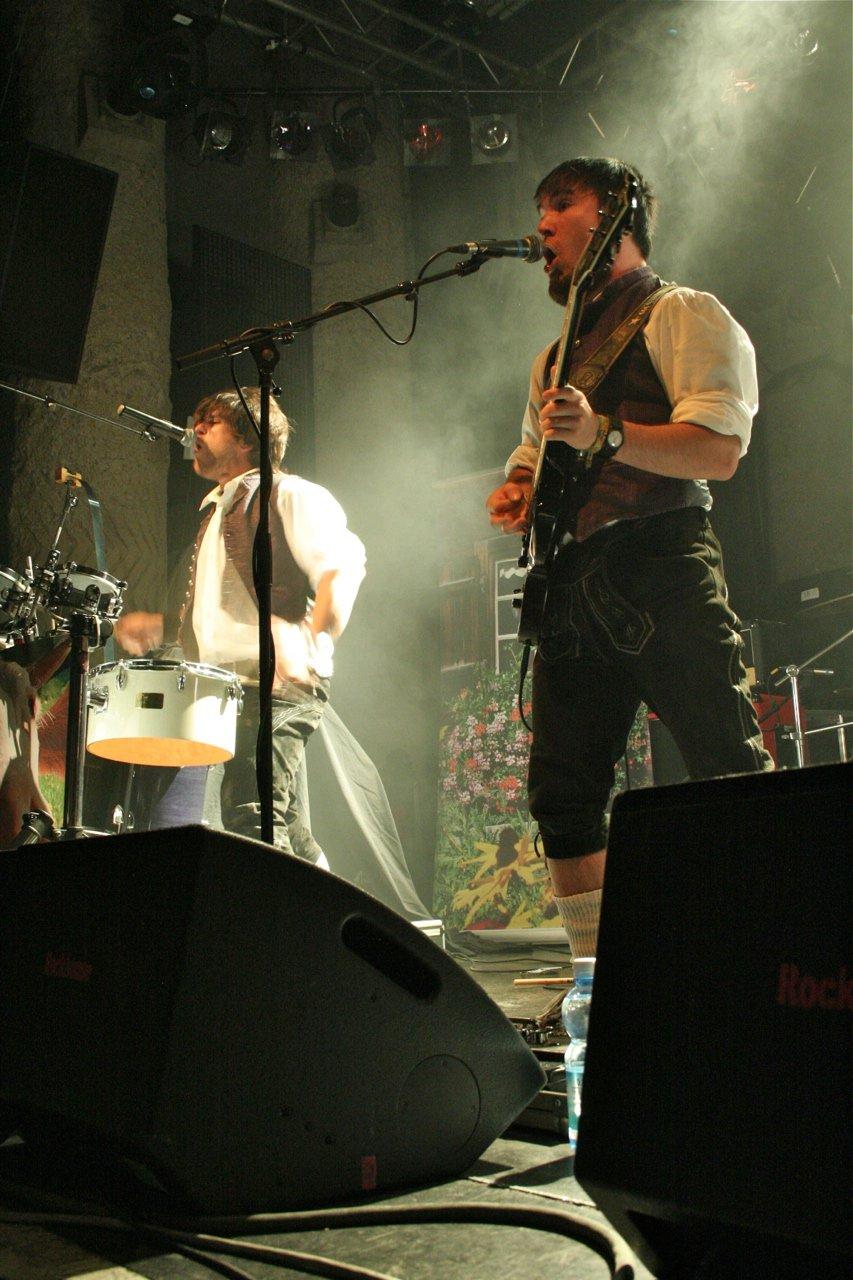 016 - tuXedo @ Rockhouse Salzburg, 25.11.2011 - Foto von Carsten Dobschat