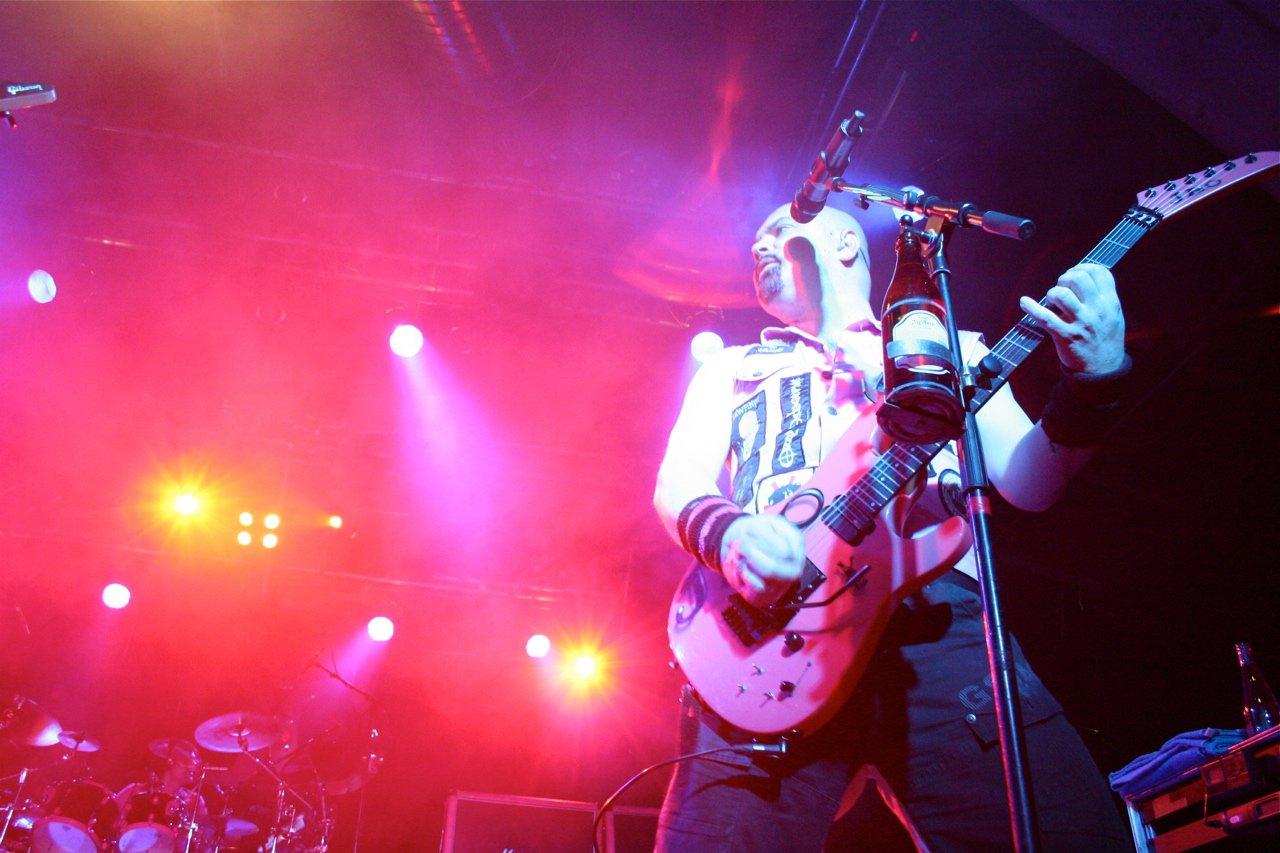 057 - J.B.O. @ Rockhouse Salzburg AT, 25.11.2011 - Foto von Carsten Dobschat