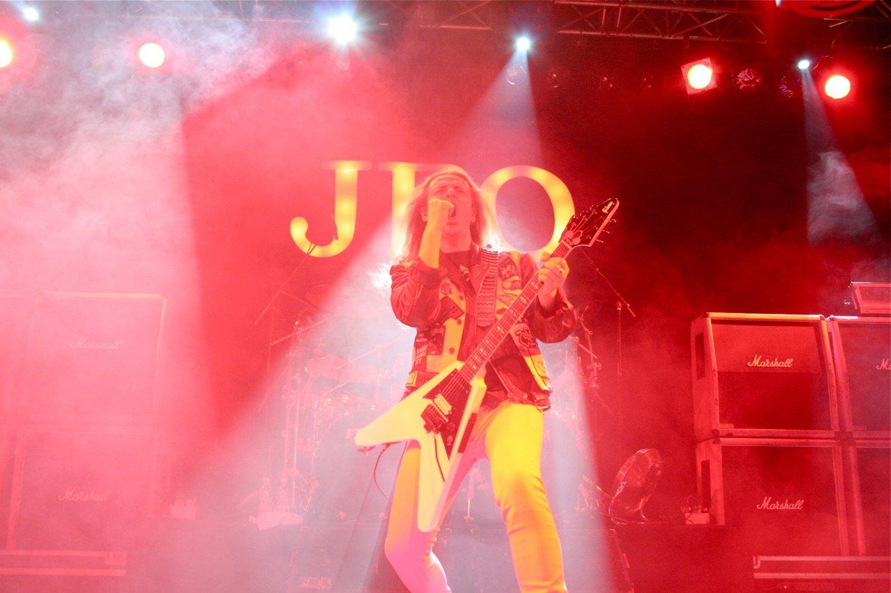 061 - J.B.O. @ Arena Wien AT, 26.11.2011 - Foto von Carsten Dobschat