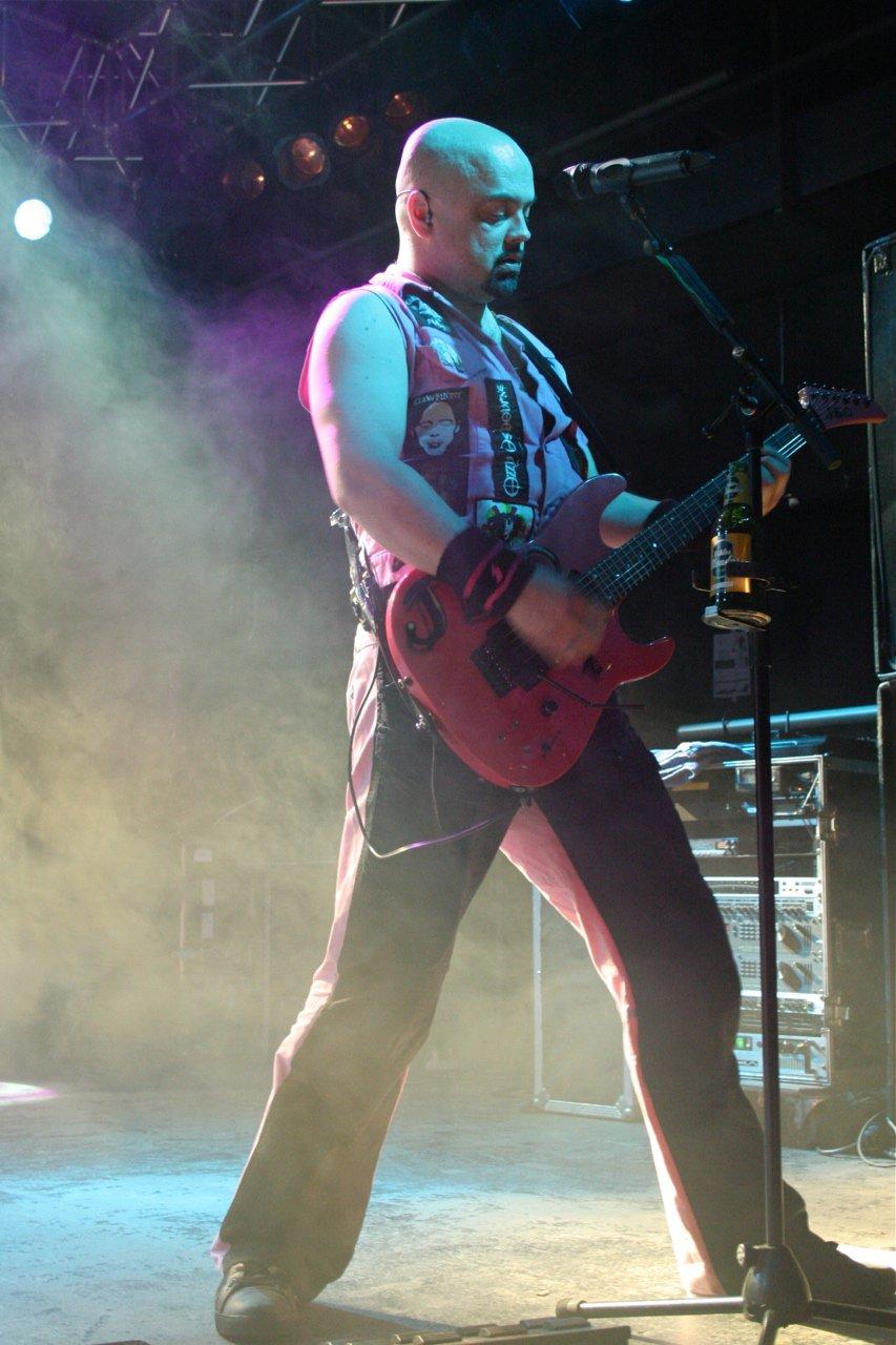 077 - J.B.O. @ Arena Wien AT, 26.11.2011 - Foto von Carsten Dobschat