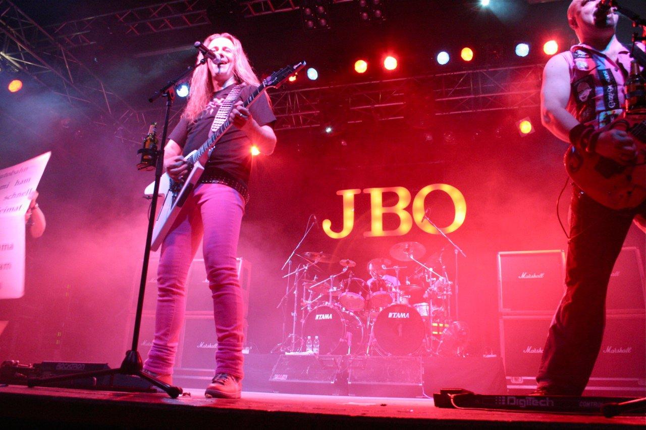 084 - J.B.O. @ Arena Wien AT, 26.11.2011 - Foto von Carsten Dobschat