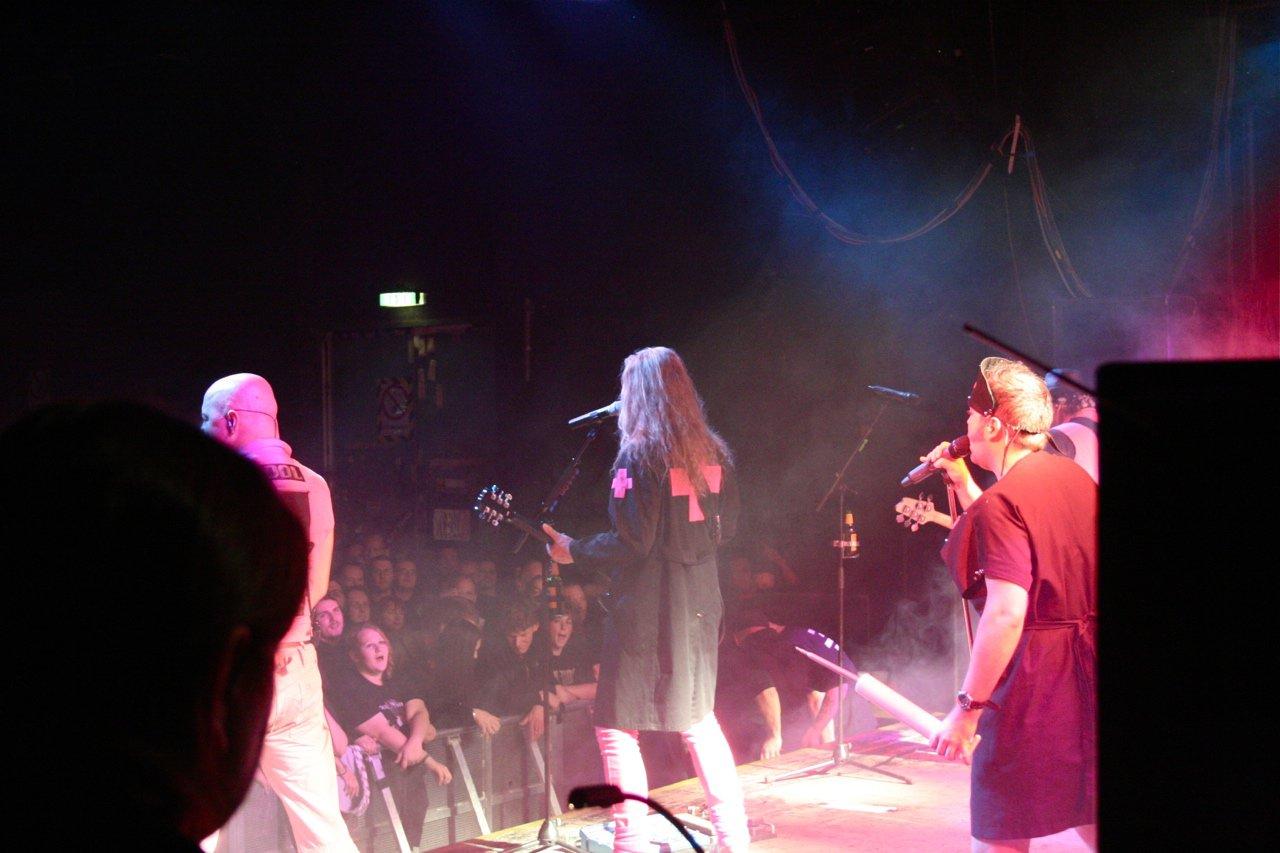 087 - J.B.O. @ Arena Wien AT, 26.11.2011 - Foto von Carsten Dobschat