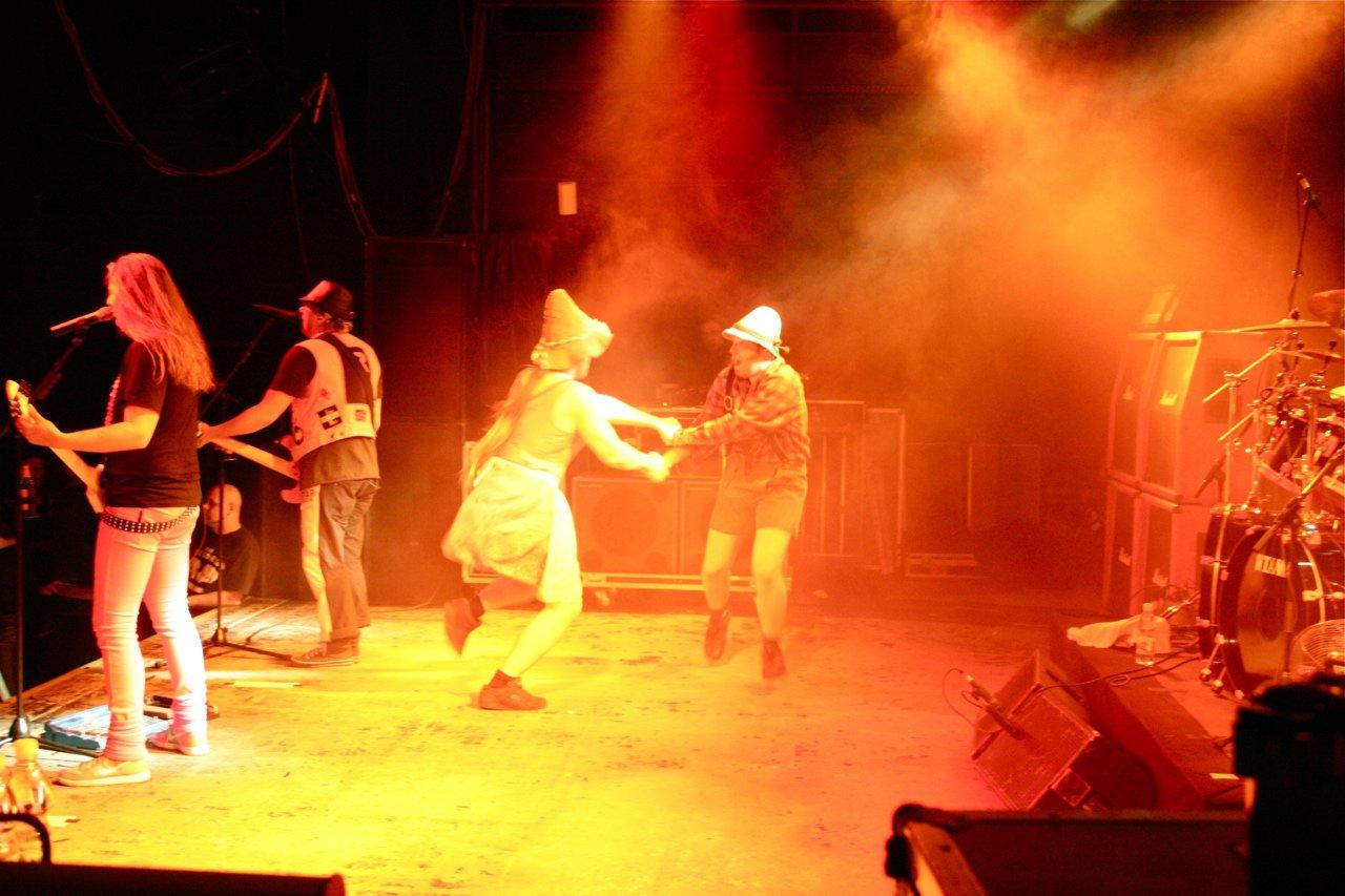 097 - J.B.O. @ Arena Wien AT, 26.11.2011 - Foto von Carsten Dobschat