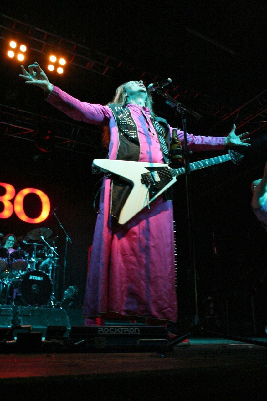 118 - J.B.O. @ Arena Wien AT, 26.11.2011 - Foto von Carsten Dobschat