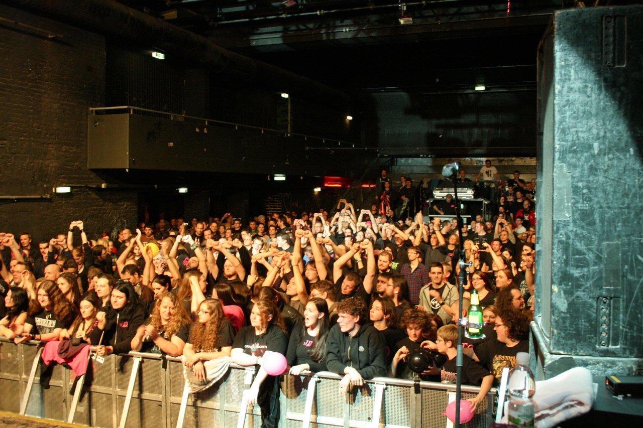 159 - J.B.O. @ Arena Wien AT, 26.11.2011 - Foto von Carsten Dobschat
