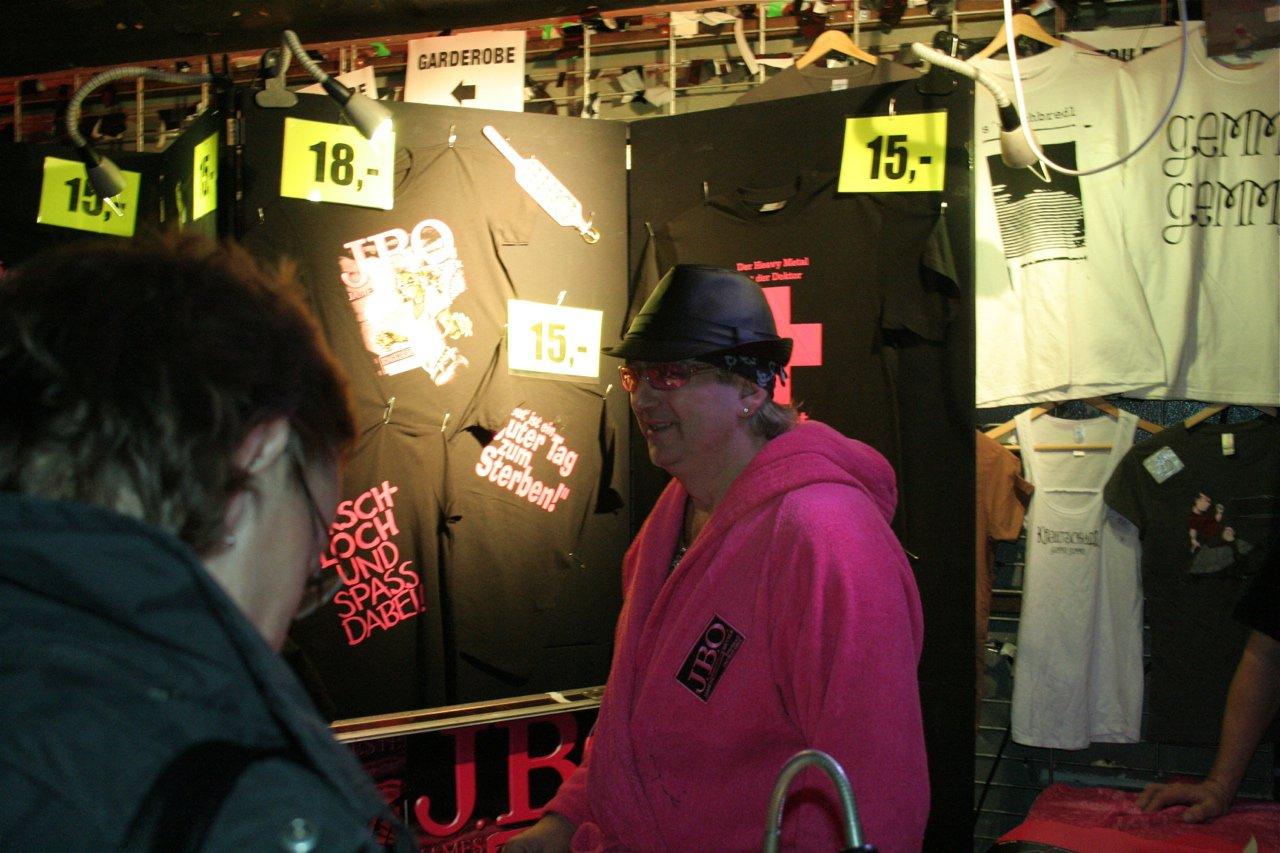 160 - J.B.O. @ Arena Wien AT, 26.11.2011 - Foto von Carsten Dobschat