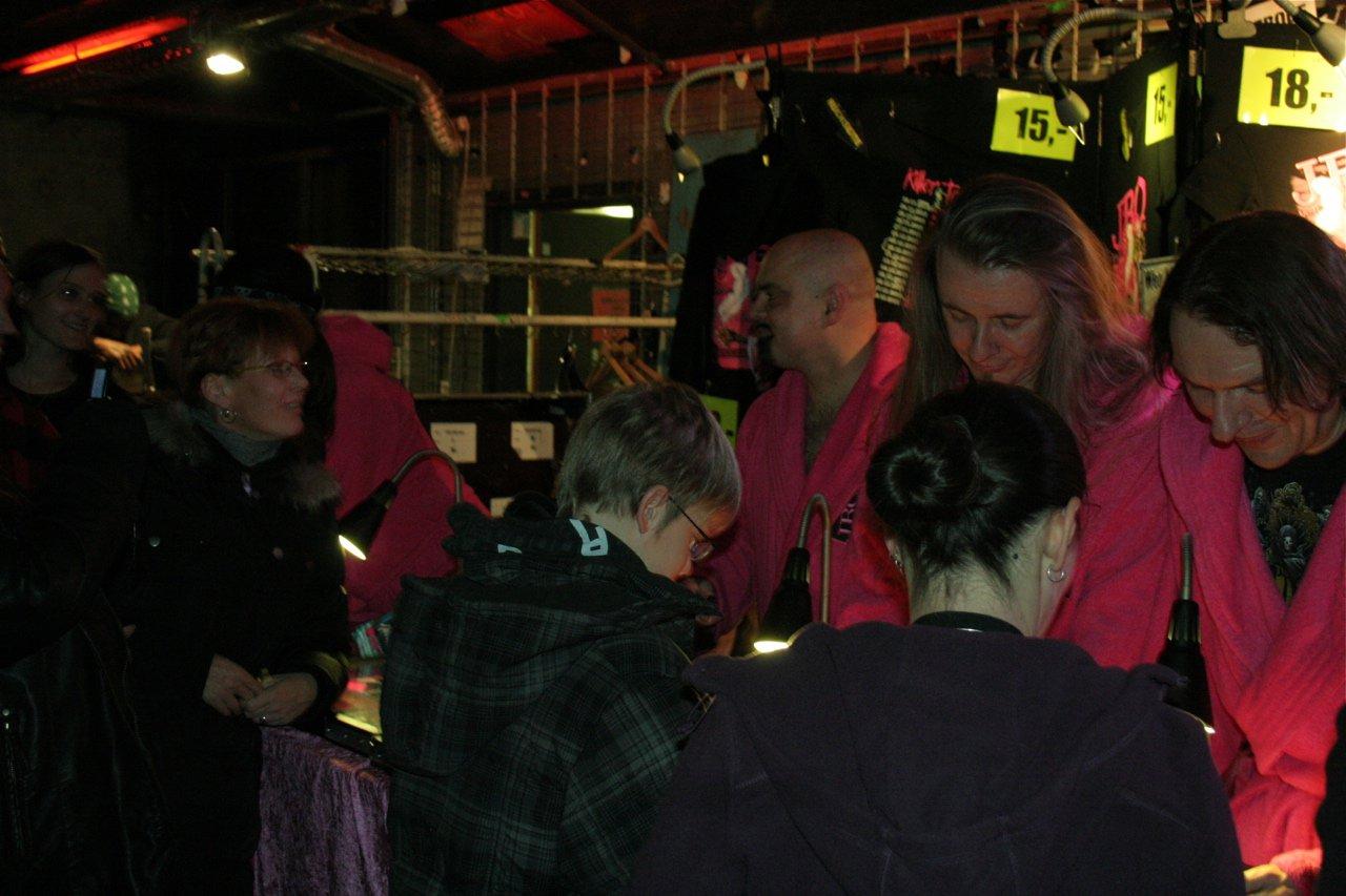 178 - J.B.O. @ Arena Wien AT, 26.11.2011 - Foto von Carsten Dobschat