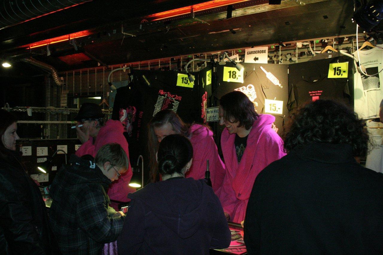 183 - J.B.O. @ Arena Wien AT, 26.11.2011 - Foto von Carsten Dobschat