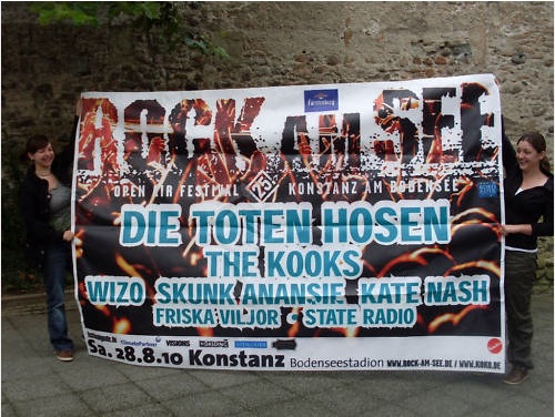 Rock am See: Bannerversteigerung