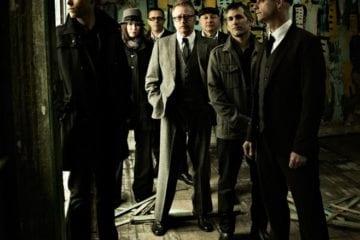 Flogging Molly: Akustik-Show für FC St Pauli in Hamburg & Instore Konzert in Köln