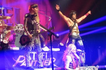 Fotos: 30.10.2012 - Steel Panther - Paris, Le Bataclan