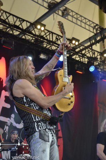 Fotos: Rock Hard Festival 2017 - Tag 1 - Mantar & The Dead Daisies