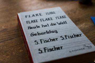 """📖 Flake - Lesung """"Heute hat die Welt Geburtstag"""" - Wotufa Neustadt (Orla) 13.4.2019"""
